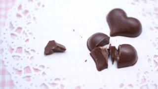 割れたチョコレート